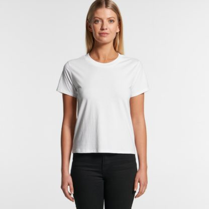 Womens Relaxed fit tee