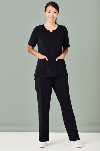 Scrub with scoop neck womens